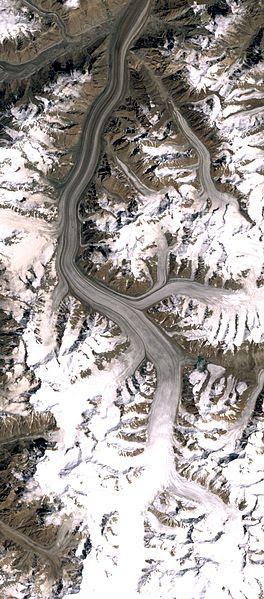 File:Fedchenko Glacier.jpg