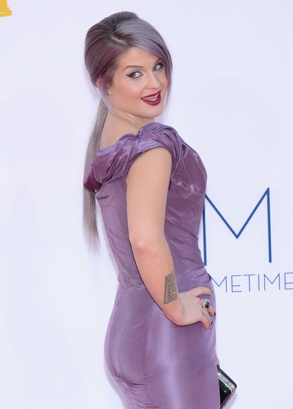 Kelly Osbourne arrives at the 64th Annual Primetime Emmy Awards at Nokia Theatre L.A. Live on September 23, 2012 in Los Angeles, California.