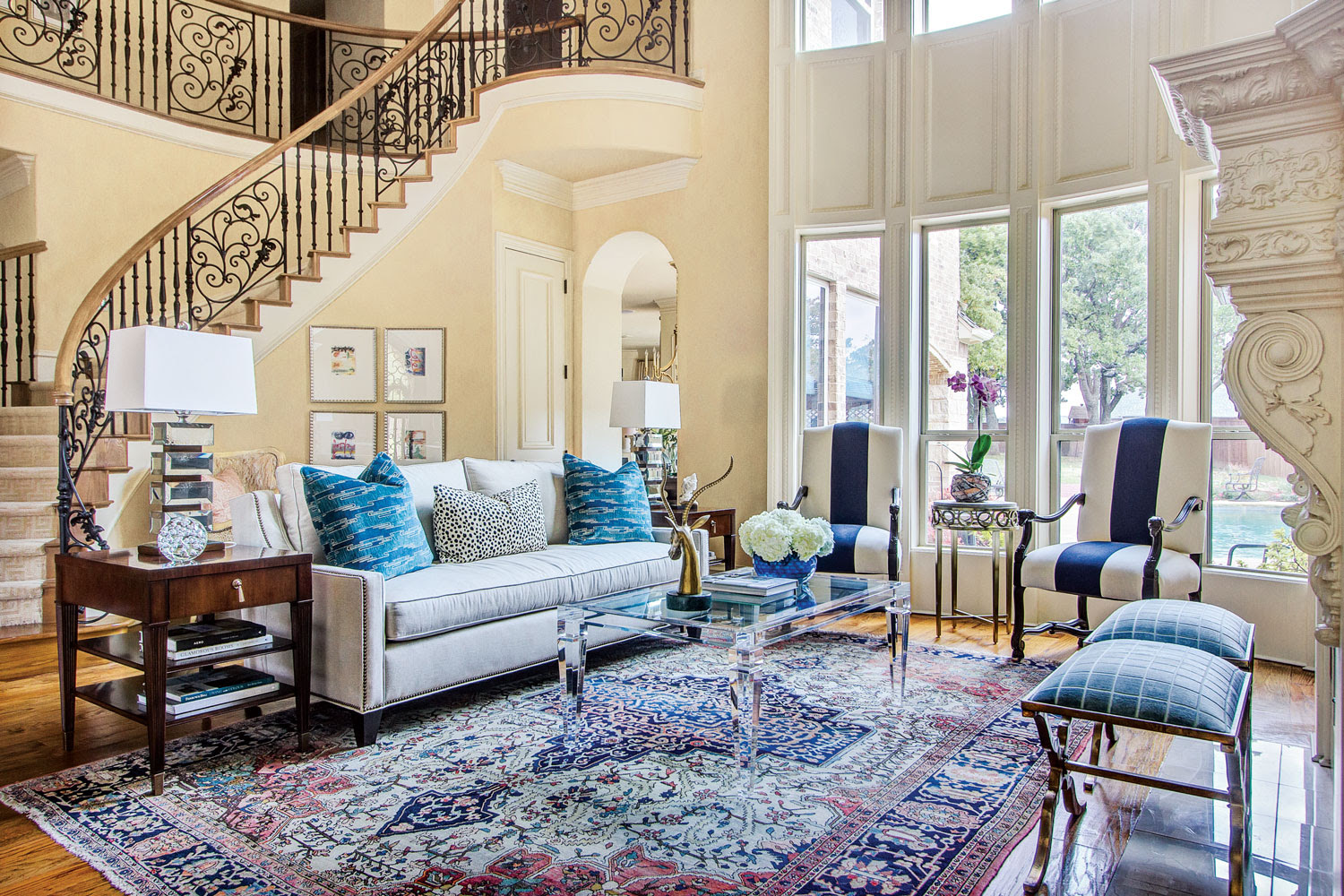 Blue-Based Redesign Blends Traditional and Fresh Décor ...