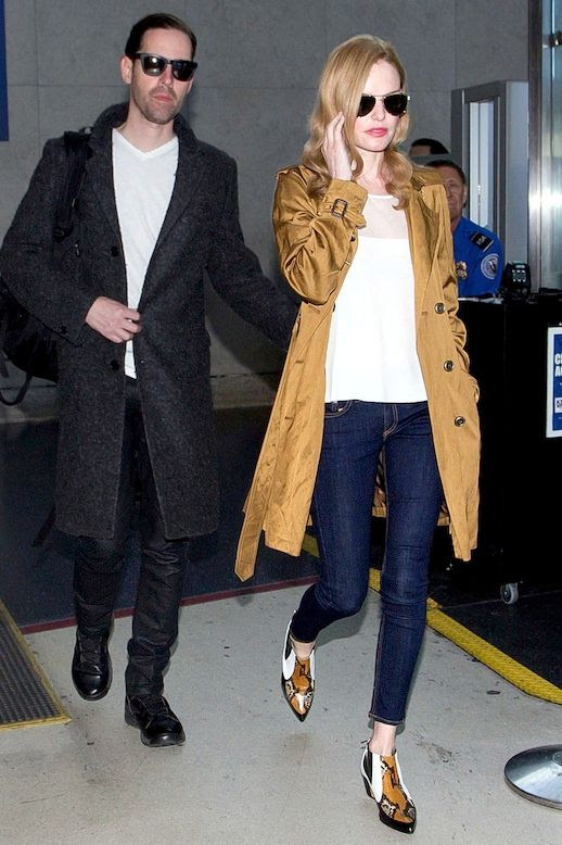 Le Fashion Blog Kate Bosworth Airport Style Trench Coat Cropped Dark Wash Skinny Jeans Contrast Boots Via Harpers Bazaar