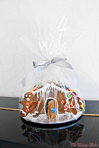 Gingerbread house-2