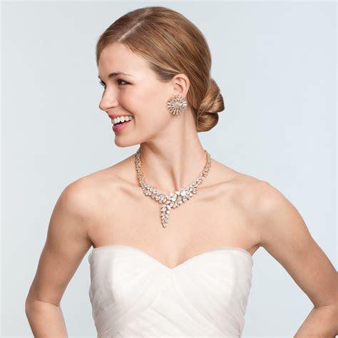 The Best Bridal Jewelry for Every Wedding Dress Neckline
