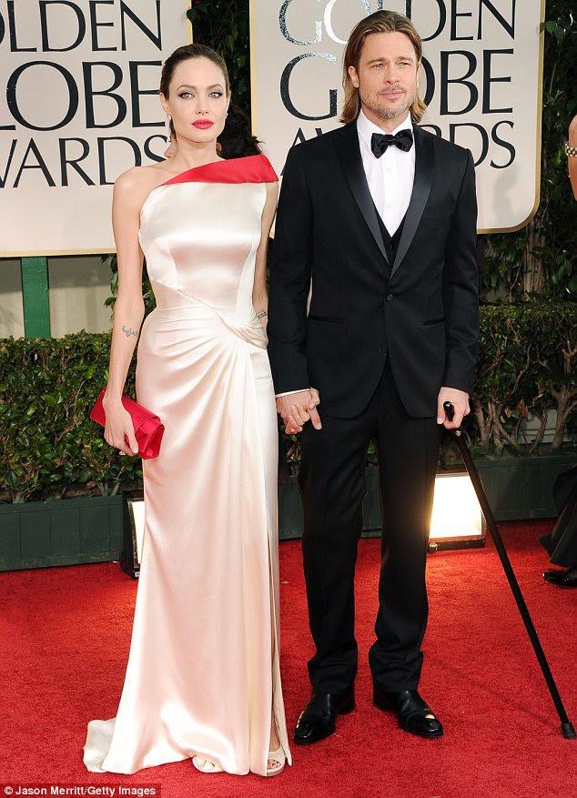 Roubar o show: Angelina Jolie e Brad Pitt foram o casal mais bem vestida no tapete vermelho do Globo de Ouro