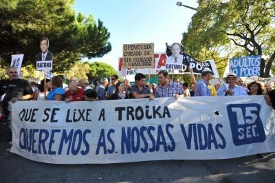Vigília ao Conselho de Estado, 21 de Setembro de 2012. Foto de Paulete Matos.
