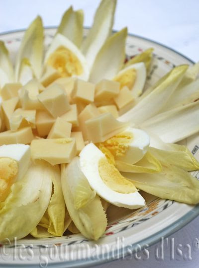 http://www.lesgourmandisesdisa.com/2013/11/metrosante-salade-dendives-aux-oeufs.html