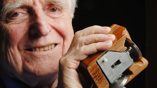 Douglas Engelbart impulsó muchos avances tecnológicos.