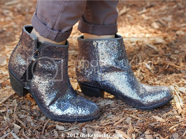 J Brand skinny jeans, Princess Vera Wang glitter boots, Los Angeles fashion blog