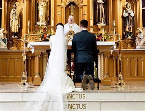 A Guide To Catholic Wedding Vows: The Exchange of Consent