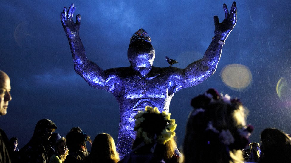 A 7-tonne pagan steel statue, 'Ancestor', that took 9 months to create