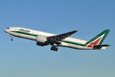 Alitalia (2nd) (Compagnie Aerea Italiana) Boeing 777-243 ER I-DISE (msn 32856) JFK (Stephen Tornblom). Image: 909494.