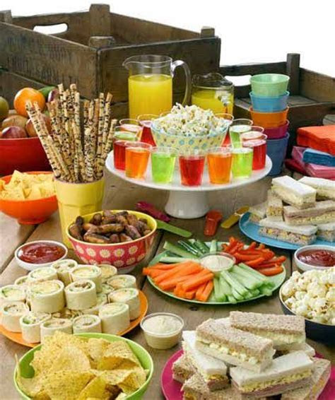 party food spread  kids birthday parties pinterest