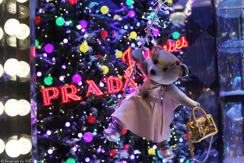 Christmas Windows at Printemps