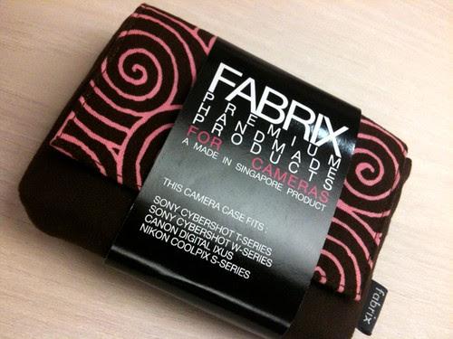 I really like the Fabrix camera case