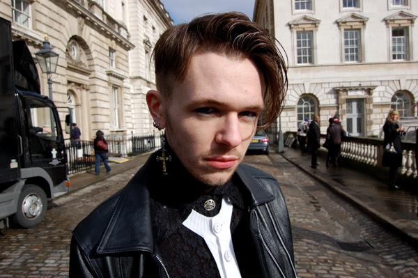 torn_pants2_London_Fashion_Week
