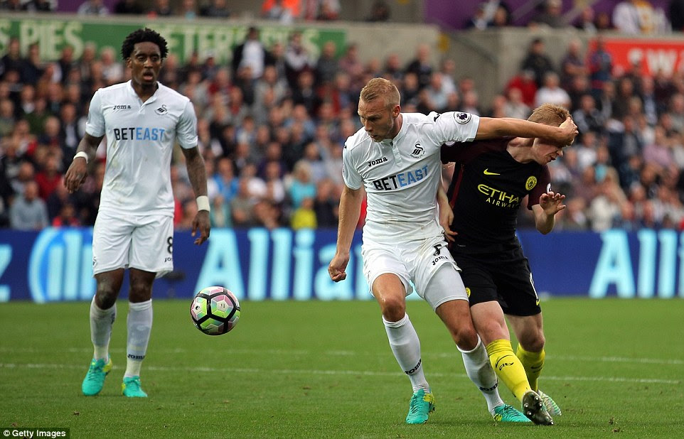 Mike van der Hoorn was the man penalised as Manchester City were awarded a penalty, after a foul on De Bruyne