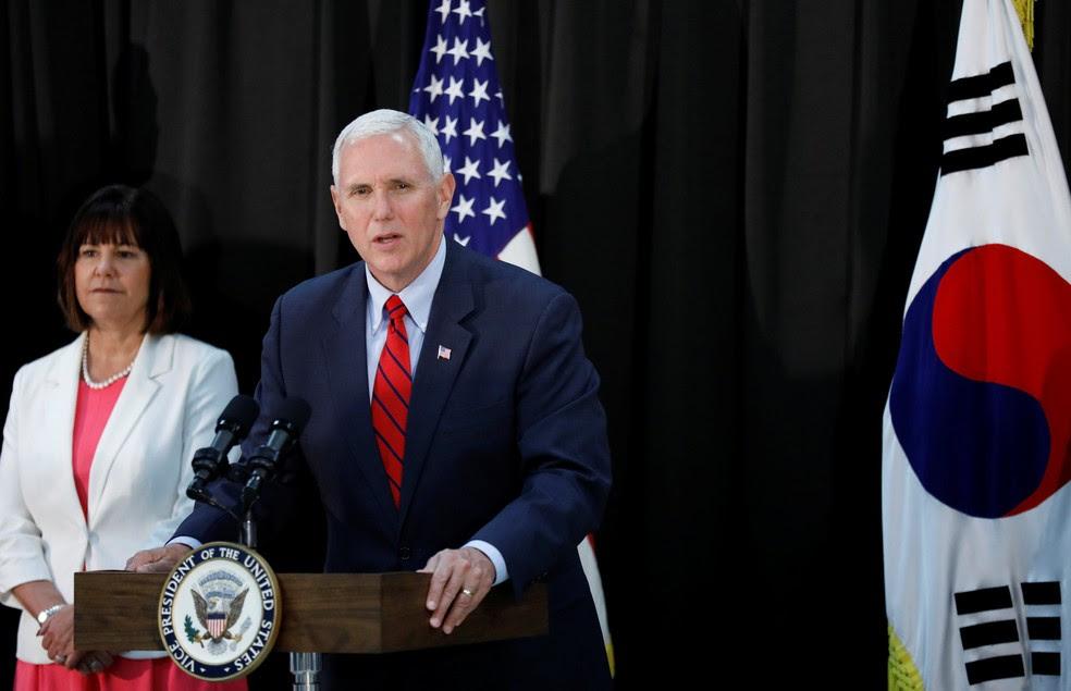 O vice-presidente dos EUA, Mike Pence, durante discurso na Coreia do Sul neste domingo (16) (Foto: Reuters/Kim Hong-Ji)