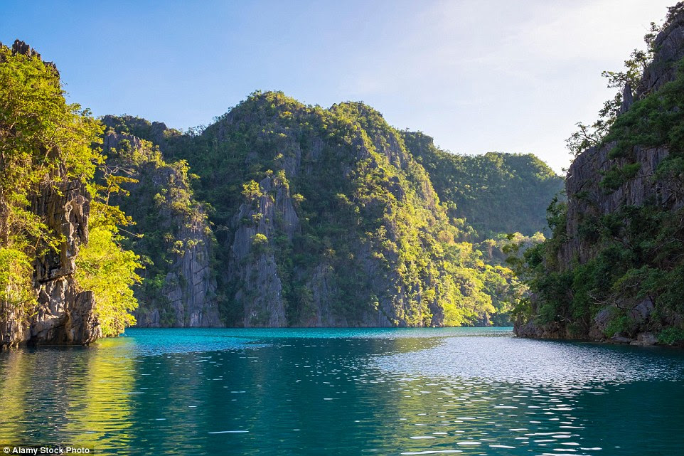 Rachel Weisz said in an interview: 'Palawan is more like the Emerald City. It's like a fantasy. Maybe it's real to you but to me, it looked like a fantasy place'