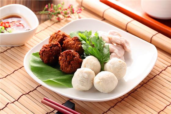 滿堂紅/吃到飽/火鍋/東區/微風/桃園/肉