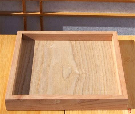 Square wood serving tray 19x19cm