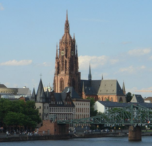 File:Frankfurter Dom Eiserner Steg.jpg