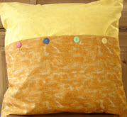 Mums_pillow_back_5