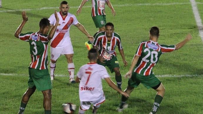 Potiguar de Mossoró x Baraúnas, no Estádio Nogueirão (Foto: César Alves)
