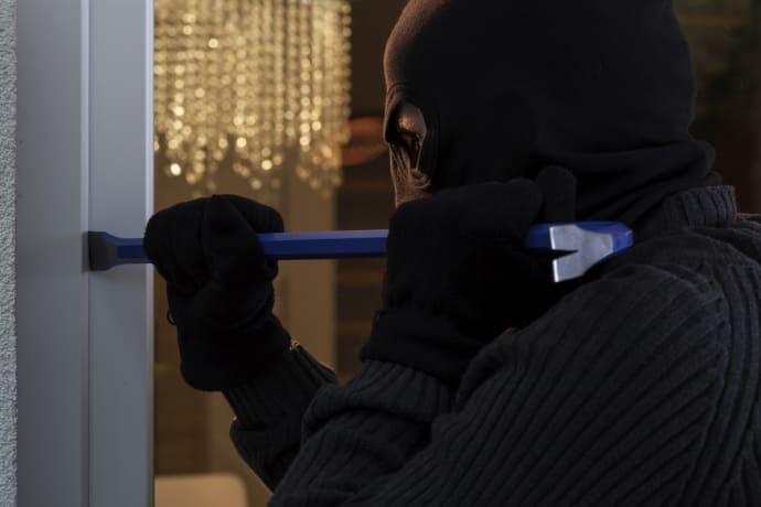 Risultati immagini per ladri
