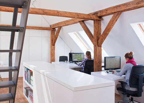 Workshop in the Attic by PL_architekci