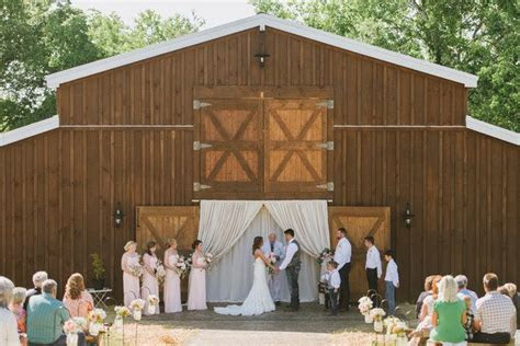Pigeon Forge Wedding Venues   Chef's Catering