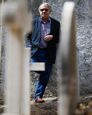 El hispanista Ian Gibson cree que Carrillo sabía lo que pasó en Paracuellos, pero no lo considera el responsable de la matanza. EFE