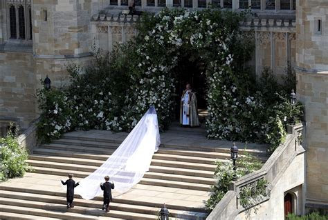 Megan Markle's Givenchy Wedding Dress, Tiara: All the