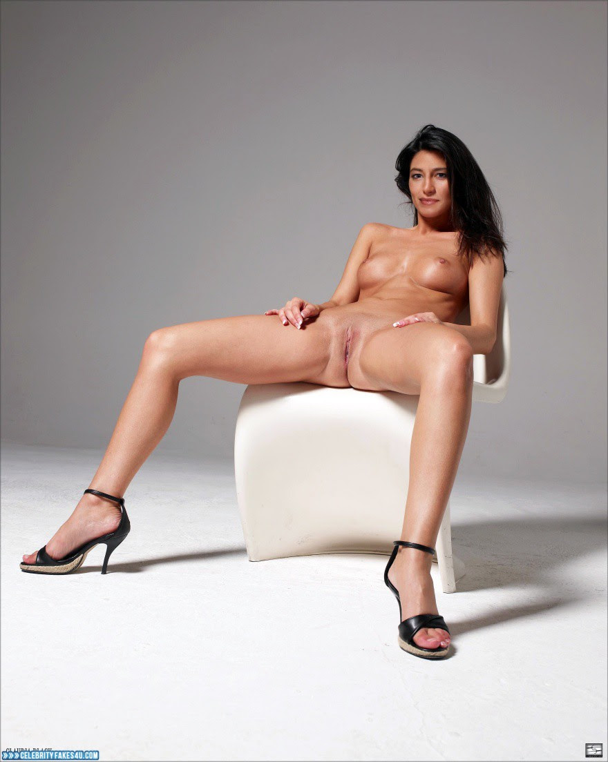 Nackt Claudia Black  Claudia Black