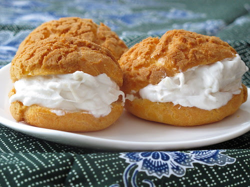 Choux with durian cream