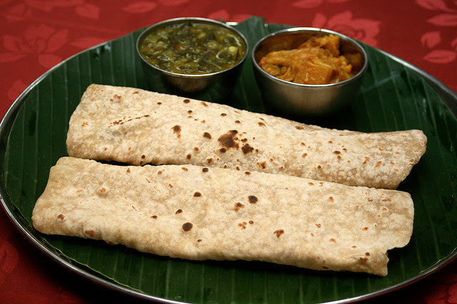 Wholemeal chapati with vegetarian sides