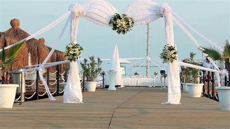 Flowers For Wedding Ceremony, Wedding Arch Background