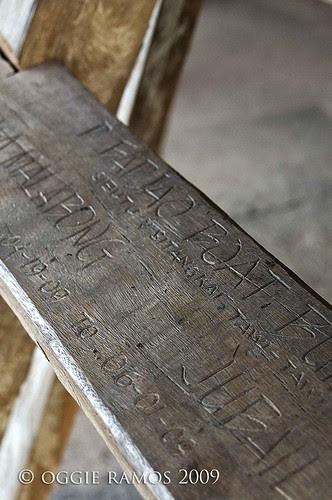 bajau markings on steps
