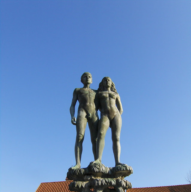 Statue in the central square of Sölvesborg