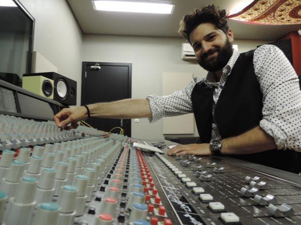 Compositor fez seu sucesso após quase morrer (Foto: Renata Marconi / G1)