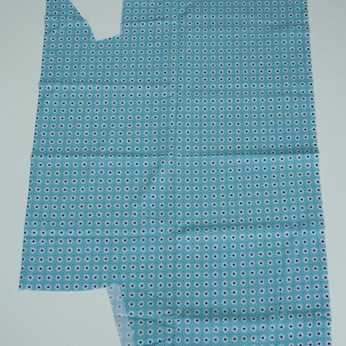 50cm en ongeveer 1m met stukken uit Daisies and dots Robert Kaufman