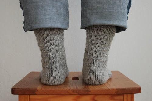 Harmaat sukat takaa