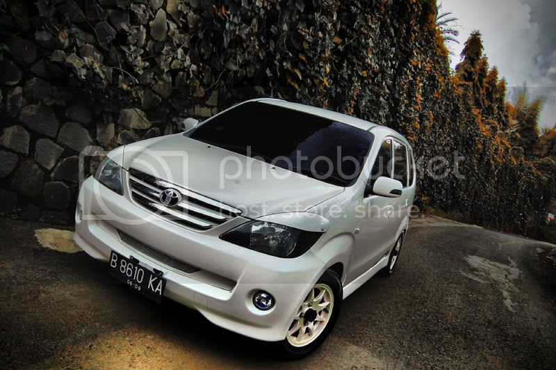 Toyota Avanza Putih 2004 Try To Keep It Simple
