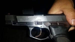 armas allanamiento Lanus 4ta 4