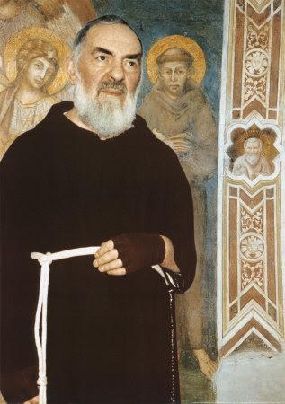 Resultado de imagen de frailes capuchinos