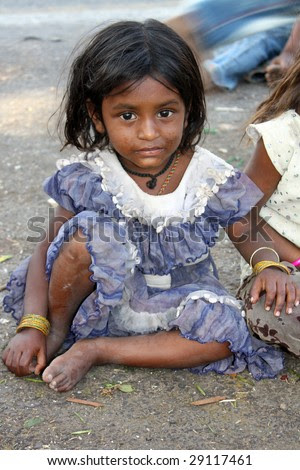 Download image Indian Girl Poor Beggars PC, Android, iPhone and iPad