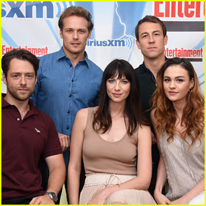 Sam Heughan & Caitriona Balfe Surprise Comic-Con with 'Outlander' Screening!