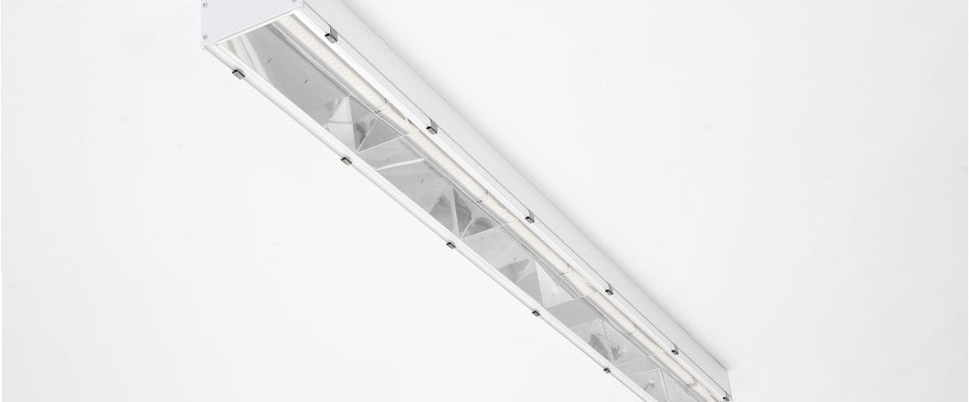 An industrial solution with luminaire efficiency up to 149lm\/W – LED LUKS