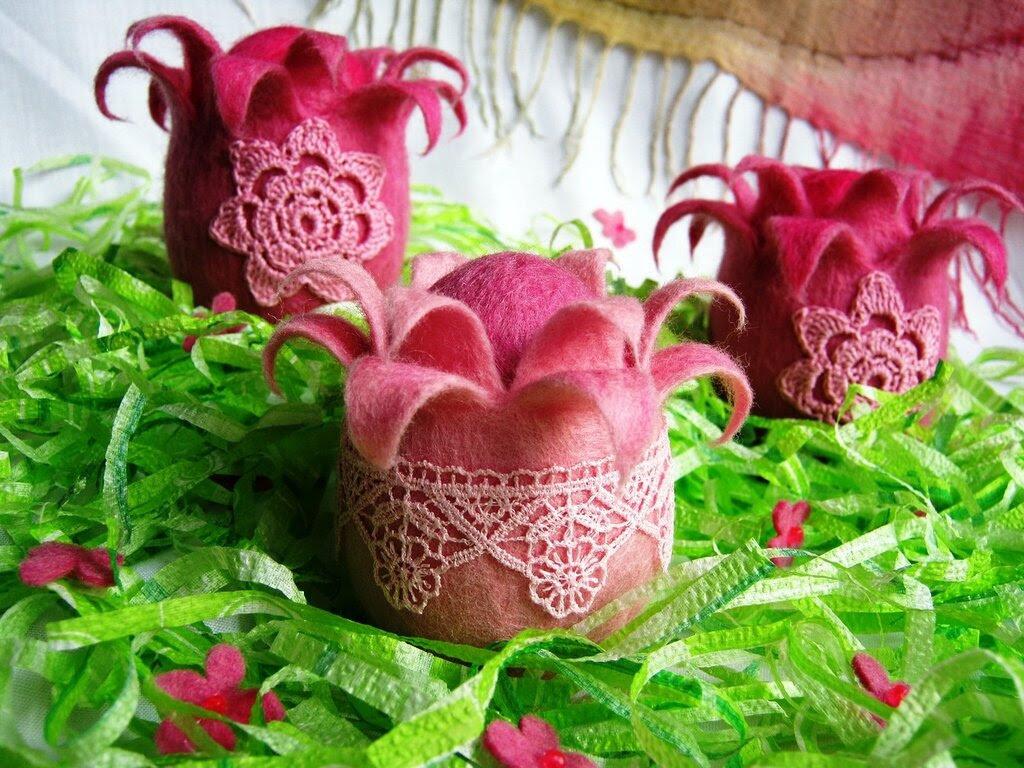 Цветущие яйца из войлока для пасхальной композиции