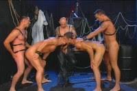 AL MALIK LATINO GAY