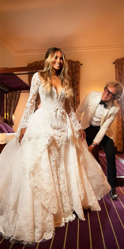 World's Most 10 Expensive Wedding Dresses To Die For