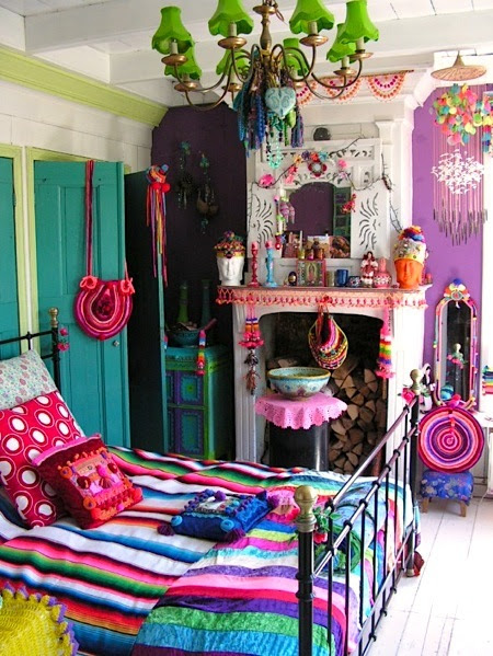 UNDER THE COVER: Boho-Chic Bedroom Ideas